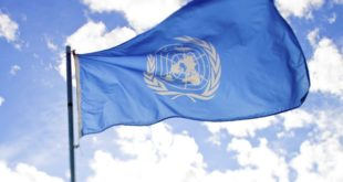 un sucht freiwillige - un flagge