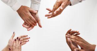 Ankündigungen von Geschäftskooperationen geraten außer Hand